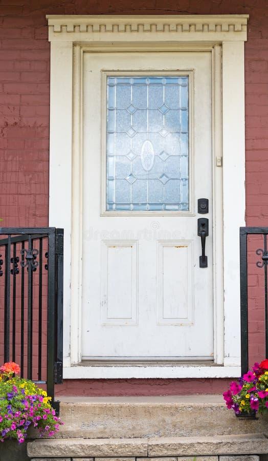 A mão vitoriano do vintage crafted a porta de madeira fotos de stock royalty free
