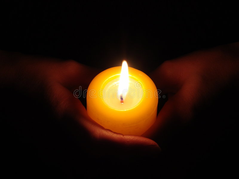 Download Mãos ardentes imagem de stock. Imagem de preto, noite, mãos - 51219