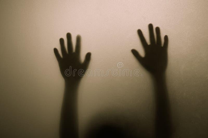 Mãos da sombra fotos de stock royalty free