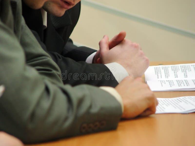 Mãos de homens de negócio imagem de stock royalty free