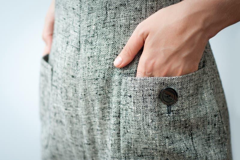 Mãos em uns bolsos imagem de stock royalty free