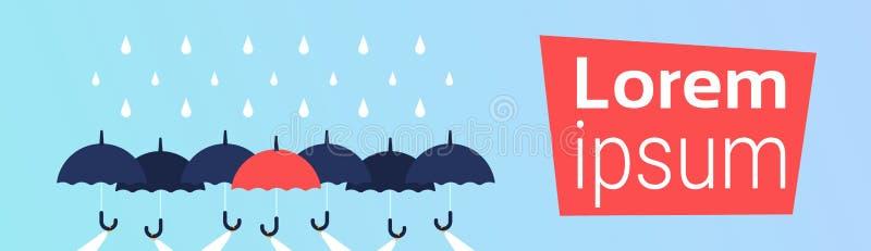 Mãos humanas que guardam guarda-chuvas sobre a cópia horizontal da proteção do negócio do conceito da diferença da individualidad ilustração stock