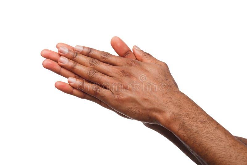 Mãos masculinas pretas isoladas no branco fotos de stock