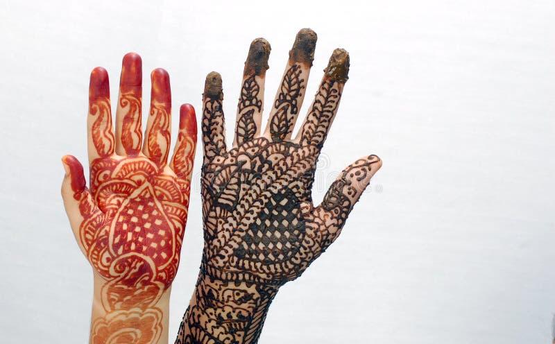 Mãos nupciais bonitas imagem de stock royalty free
