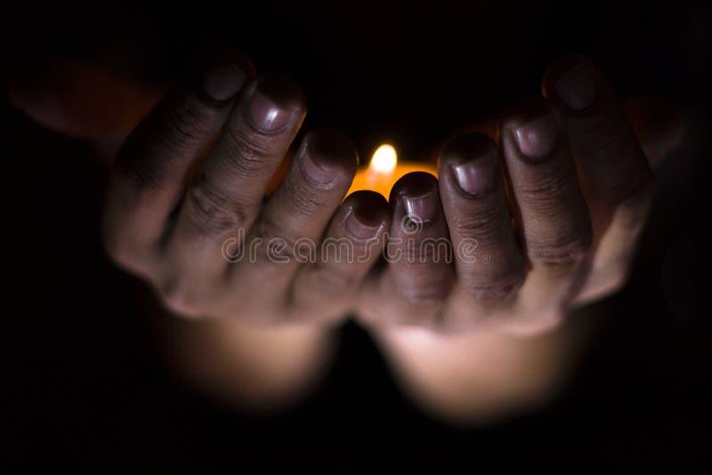 Mãos sobrenaturais foto de stock