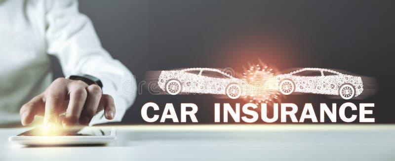 Mężczyzna trzyma dwa kraksę samochodową tła samochodowy pojęcia ubezpieczenie odizolowywający nad biel ilustracji