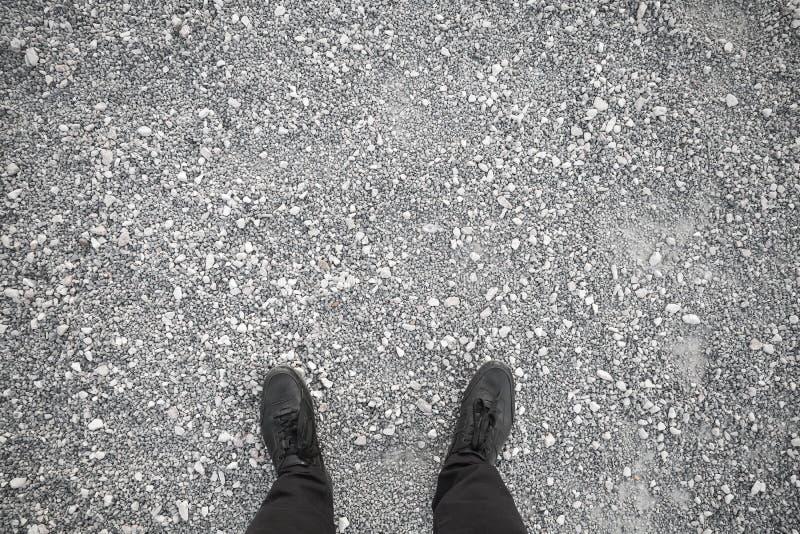 Męscy cieki w czarnych rzemiennych butach obraz stock