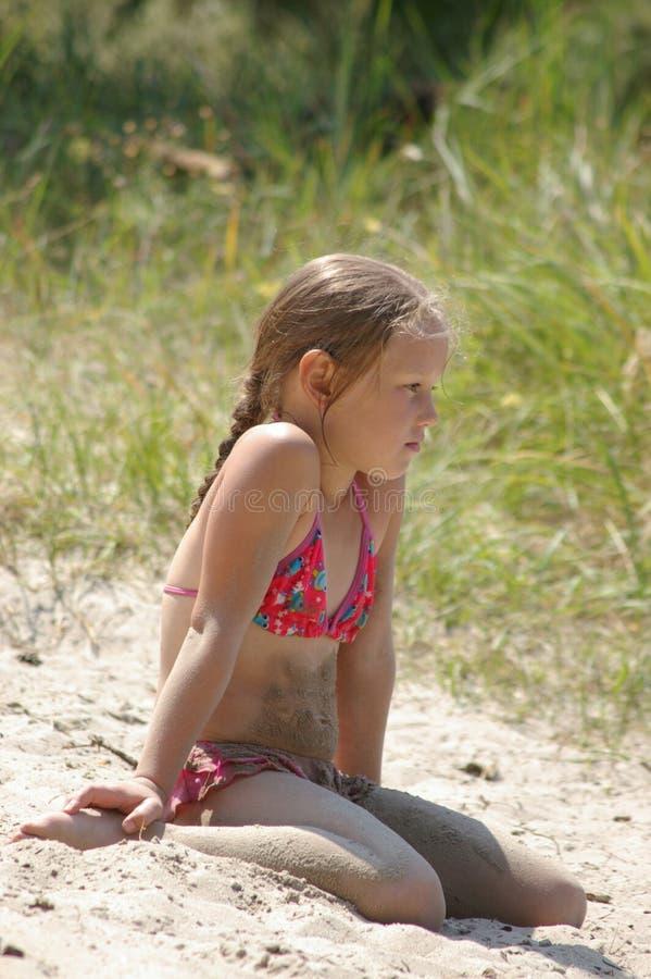 Mädchen auf dem Fluss Dnepr lizenzfreie stockbilder
