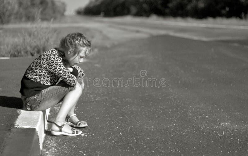 Mädchen auf der Straße lizenzfreies stockbild