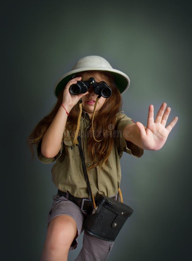 Mädchen in der tropischen Uniform stockfotografie