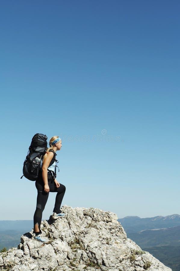 Mädchen in der Wanderung stockbilder