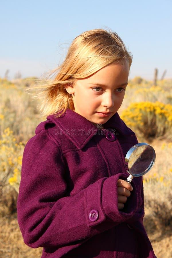 Mädchen-Detektiv lizenzfreies stockfoto