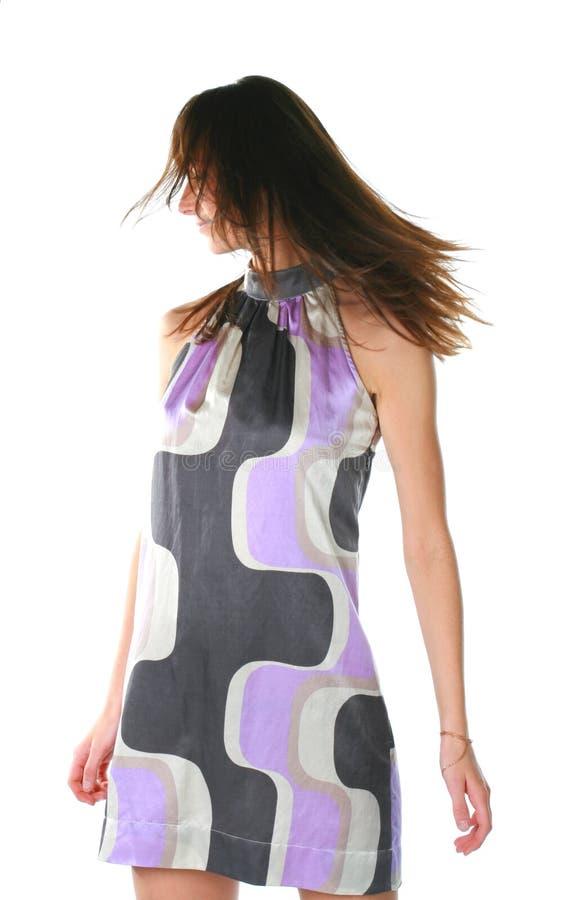 Mädchen in einem Kleid lizenzfreie stockbilder