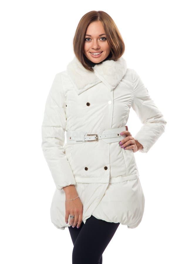 Mädchen In Einem Weißen Flaumigen Mantel Lizenzfreie Stockbilder