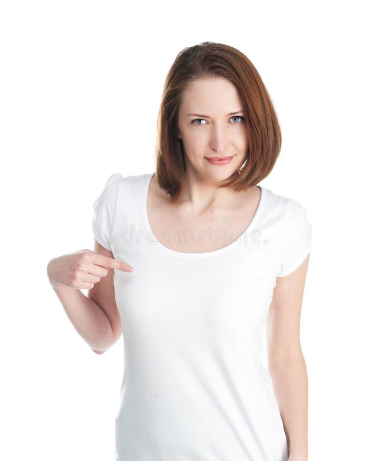 Mädchen in einem weißen T-Shirt lokalisiert auf weißem Hintergrund stockfoto