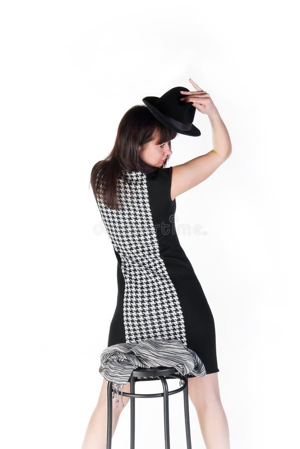 Mädchen im Weiß- und Schwarzkleid stockbilder