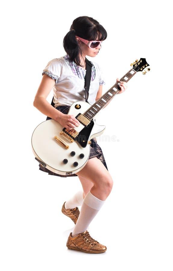 Mädchen mit einer Gitarre lizenzfreie stockfotografie