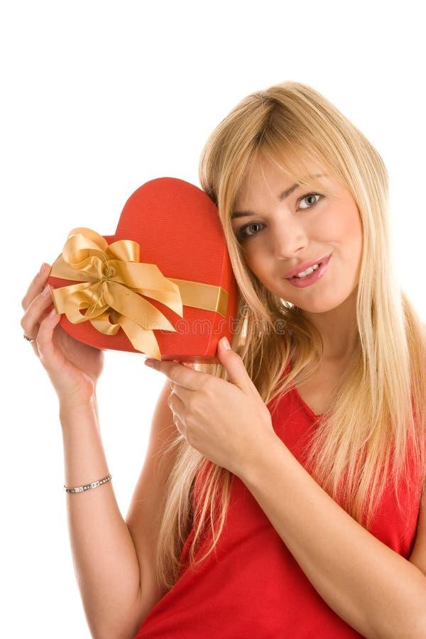 Mädchen mit Geschenk lizenzfreies stockfoto