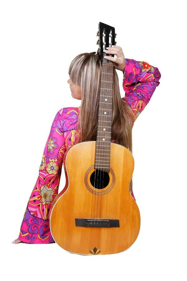 Mädchen mit Gitarre lizenzfreie stockfotos
