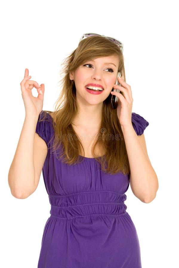 Mädchen mit Handy stockfoto