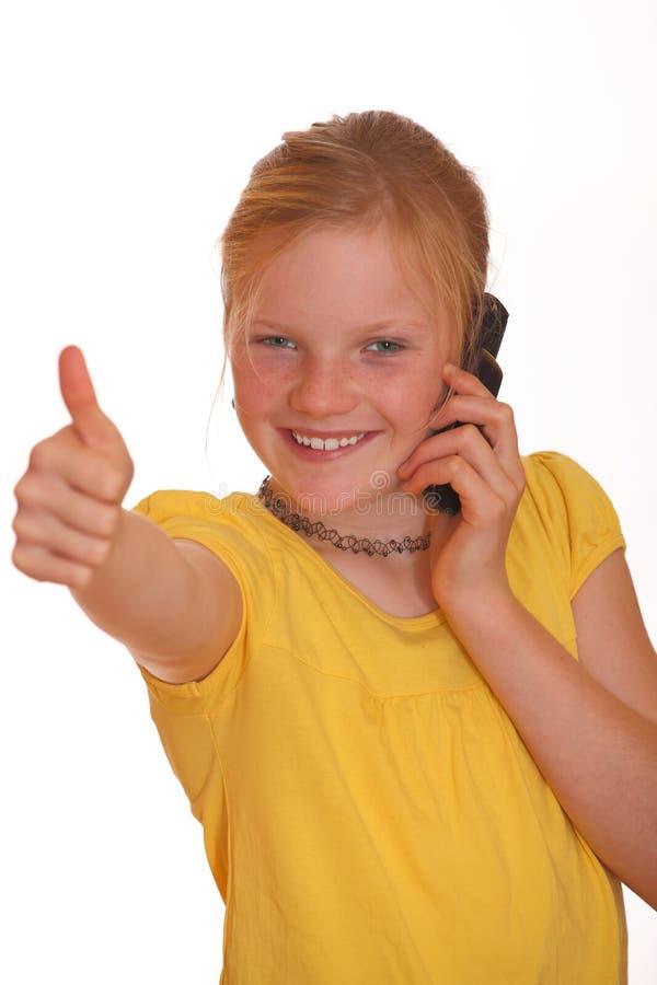 Mädchen mit Handy stockbilder