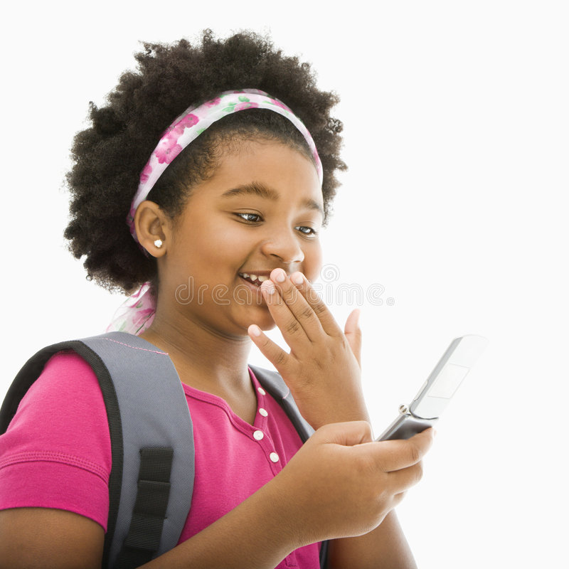 Mädchen mit Handy. stockfotografie