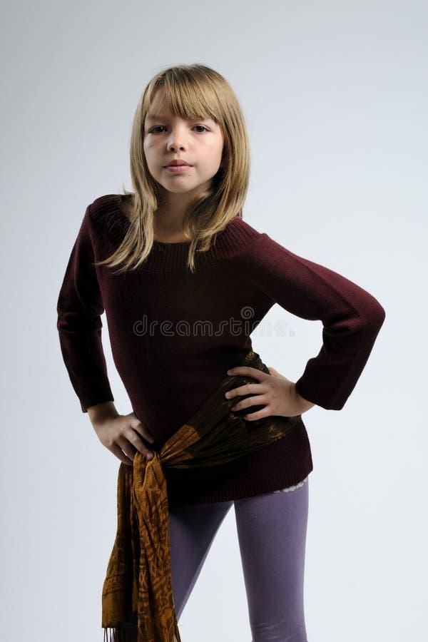 Mädchen mit Schal lizenzfreies stockfoto
