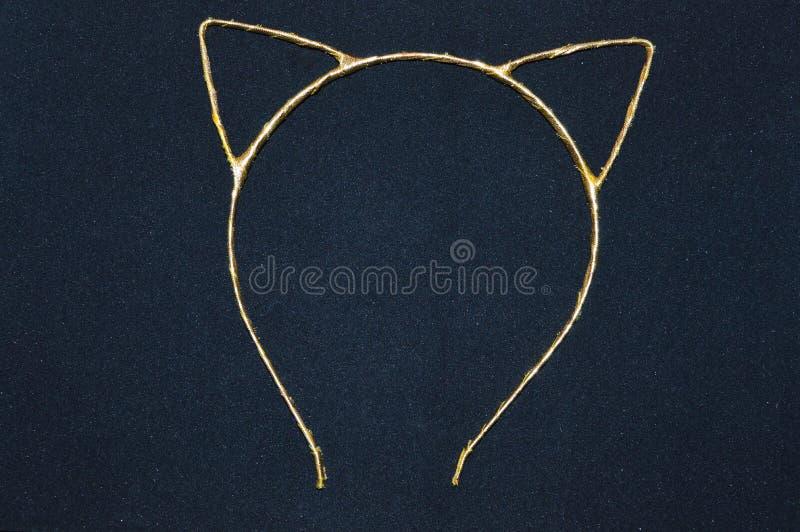 Mädchen ` s Einfassung mit Katze ` s Ohren lizenzfreies stockfoto