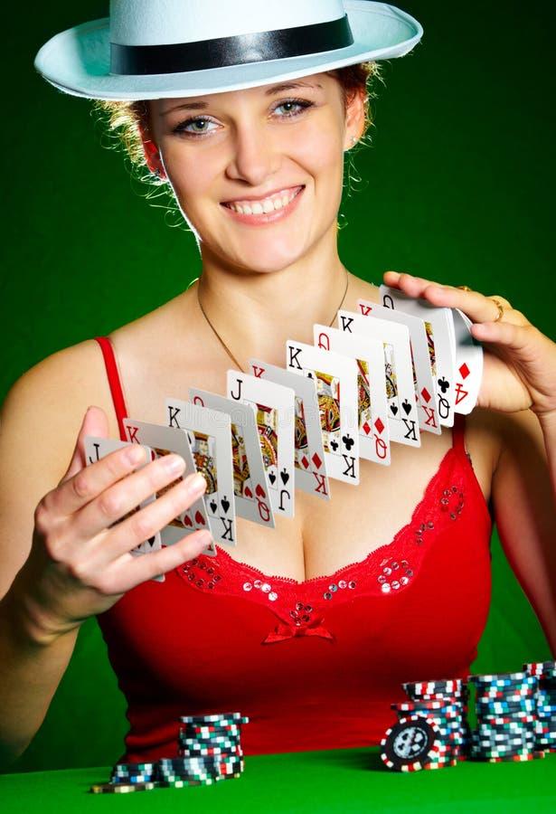 Mädchen und Spielkarten lizenzfreies stockfoto