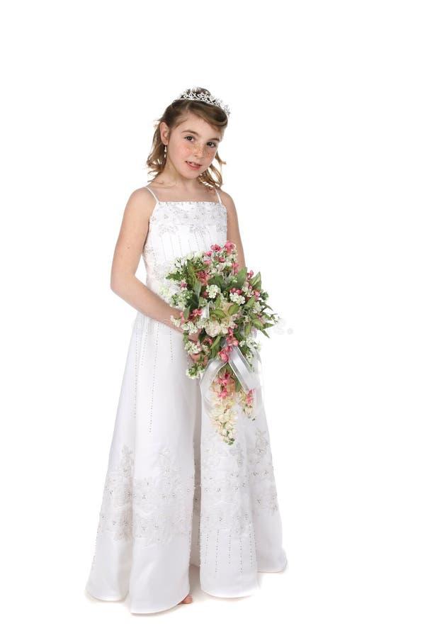 Mädchenholdingblumenstrauß der Blumen stockfotos