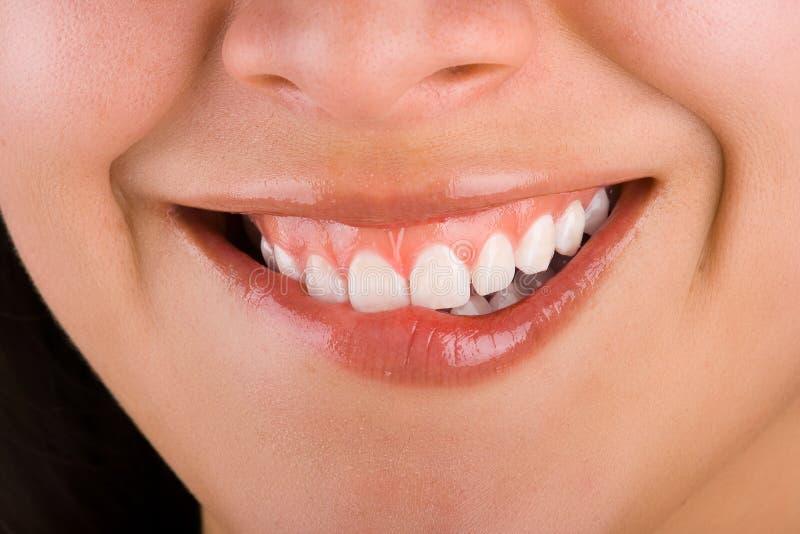 Mädchenlächeln 2 lizenzfreie stockbilder