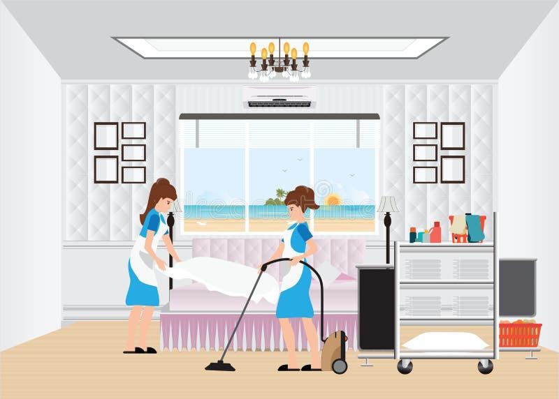 Mädchenreinigungshotelzimmer mit Haushaltungslaufkatze lizenzfreie abbildung