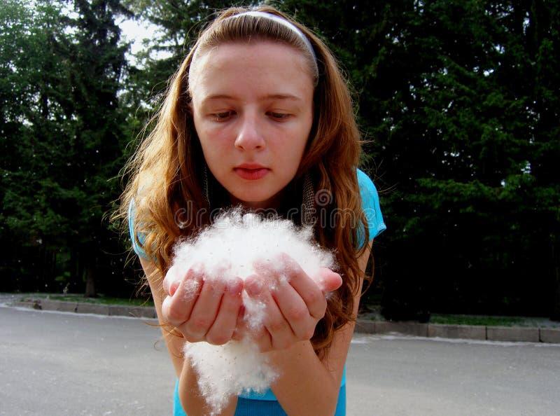 Mädchenschlagfäserchen stockfotos