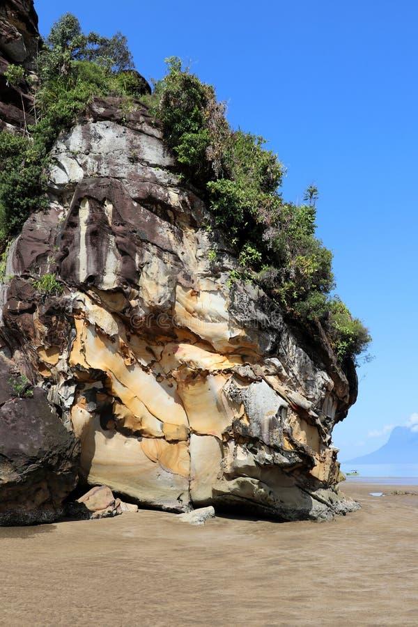 Mäktigt vaggar - den Bako nationalparken, Sarawak, Borneo, Malaysia, Asien fotografering för bildbyråer