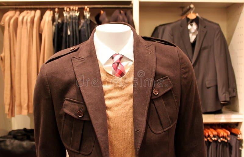 Männerkleidungspeicher lizenzfreies stockfoto