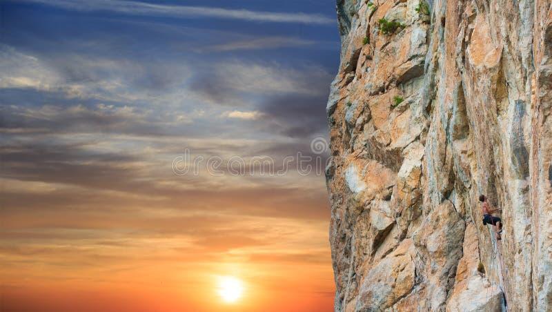 Männlicher Kletterer stockfoto