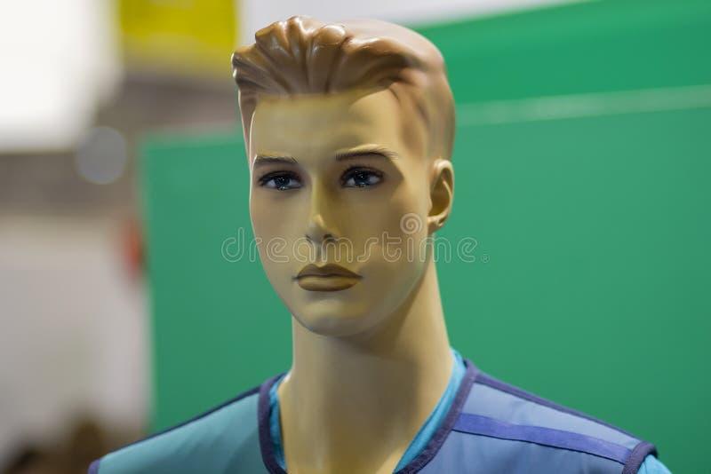 Männliches Mannequin in Form einer Doktornahaufnahme stockbilder