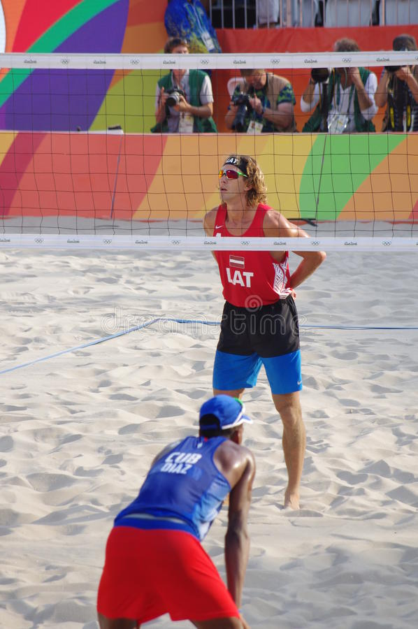 Mäns konkurrens för strandvolleyboll i Rio2016 royaltyfri fotografi