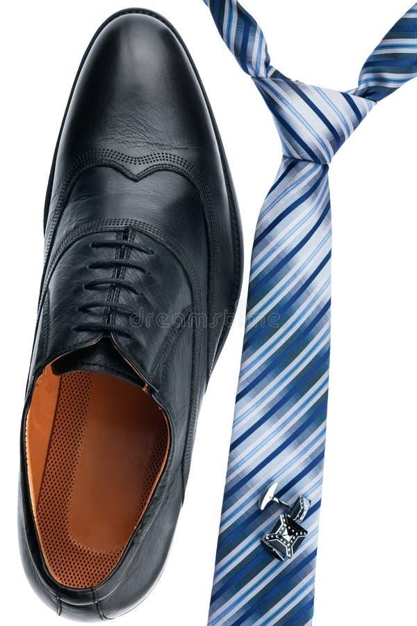Mäns skor, band, cufflinks, klassisk stil arkivbild