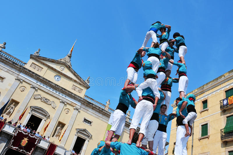 mänskliga spain tarragona för castells torn arkivfoto