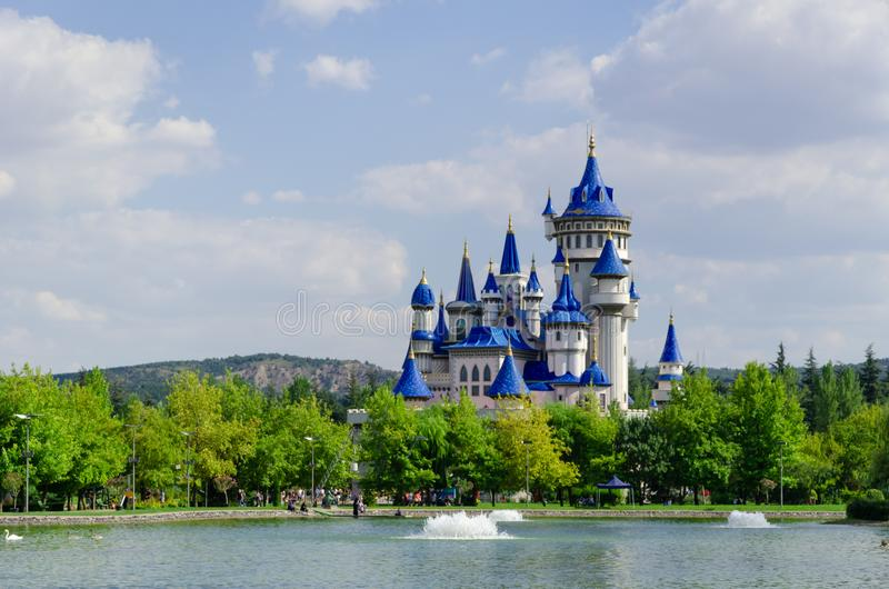 Märchenschloss in Sazova-Park, Eskisehir Die Türkei stockfoto