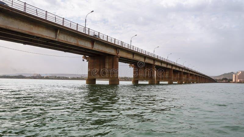 Märtyrer überbrücken (Pont DES-Märtyrer) in Bamako stockfoto