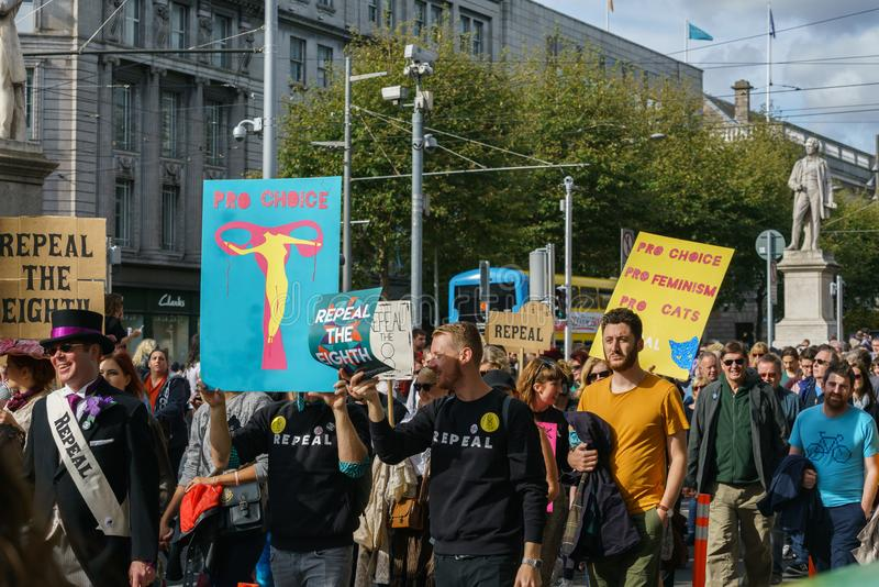 März für Wahl durch die Abtreibung berichtigt Kampagne BOGEN lizenzfreie stockbilder