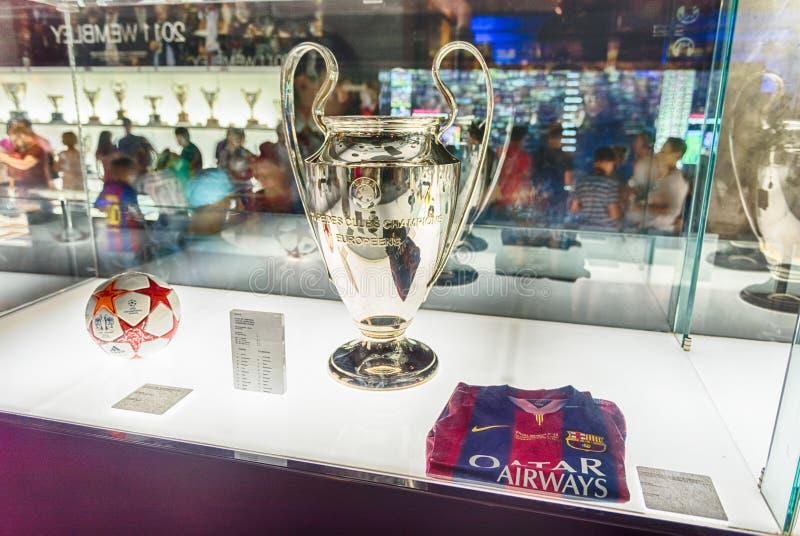 Mästareligatrofé, Camp Nou museum, Barcelona, Catalonia, royaltyfri bild