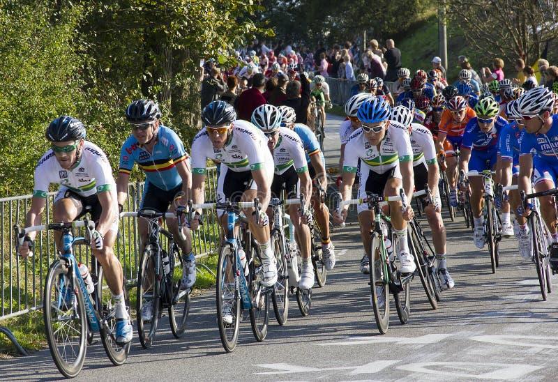 mästerskapelitmän race vägucivärlden arkivbild