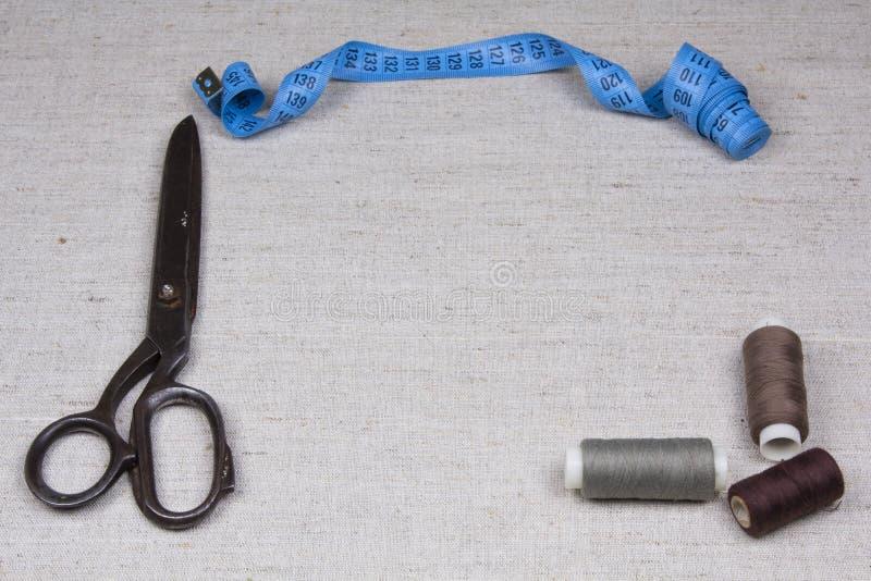 mätande saxbandtrådar fotografering för bildbyråer