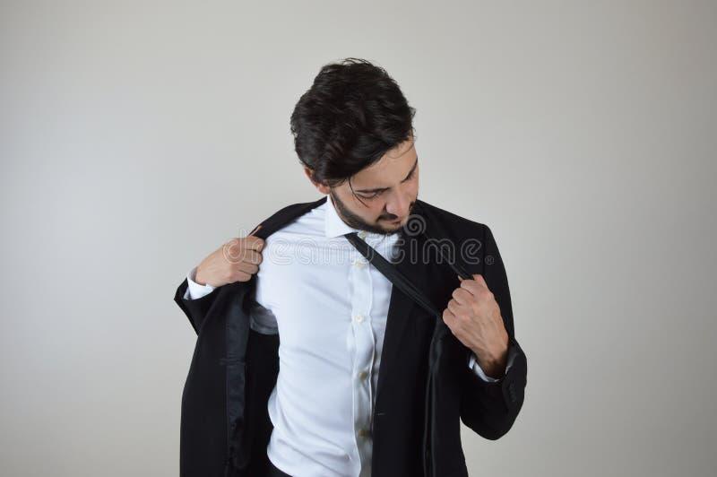 Młodego biznesmena emocjonalny stres i zanudzający zdjęcia stock
