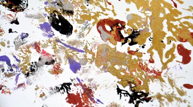 Måla abstrakt bakgrund för guld- gröna röda vita purpurfärgade fläckar royaltyfri bild