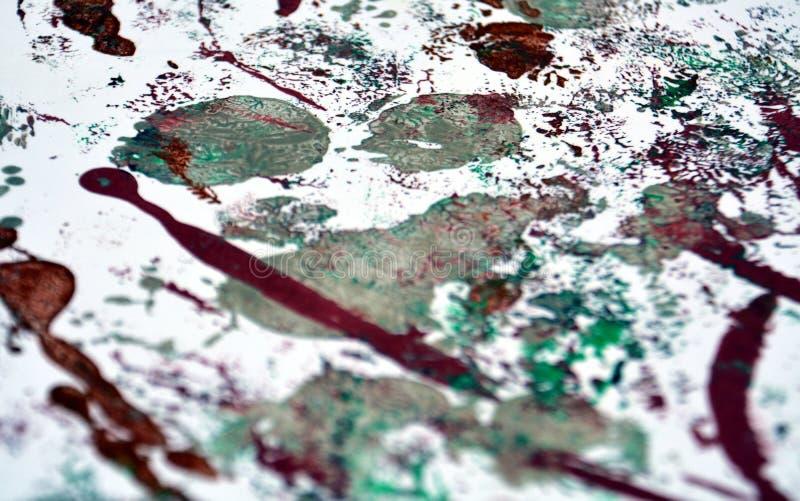 Måla röd vit purpurfärgad abstrakt bakgrund för silver arkivfoton