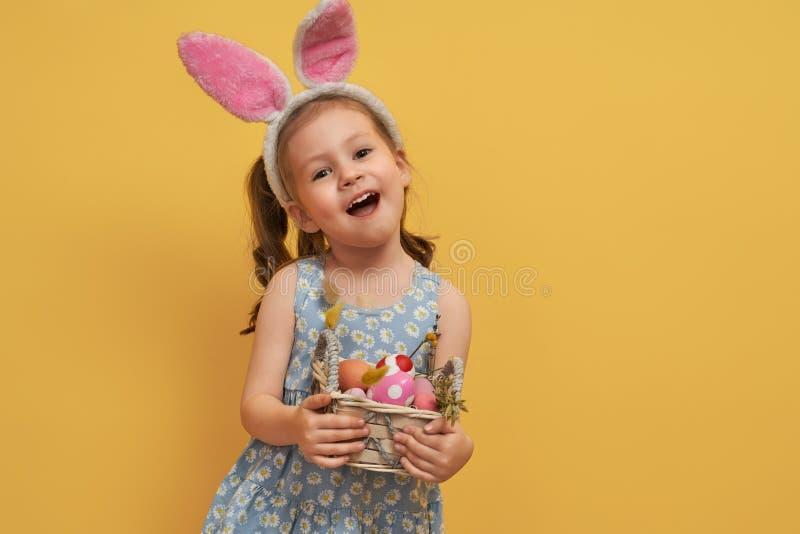 målad äggflicka royaltyfri fotografi